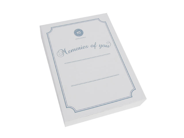 The reverse side is printed with ruled lines for recording your memories.